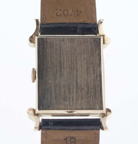 Cyma gold case back