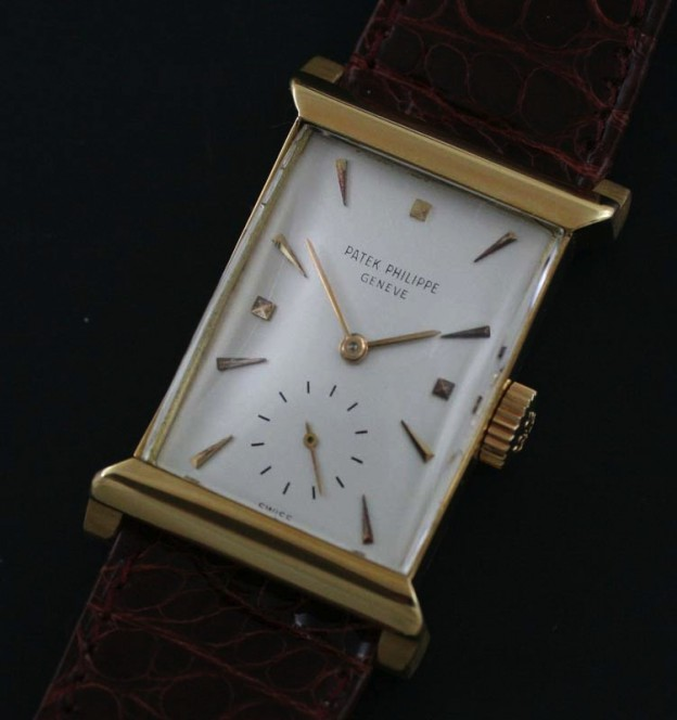 Vintage Patek Philippe ref 2404 detailed photo
