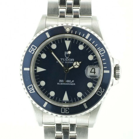 Tudor Submariner mid-sized